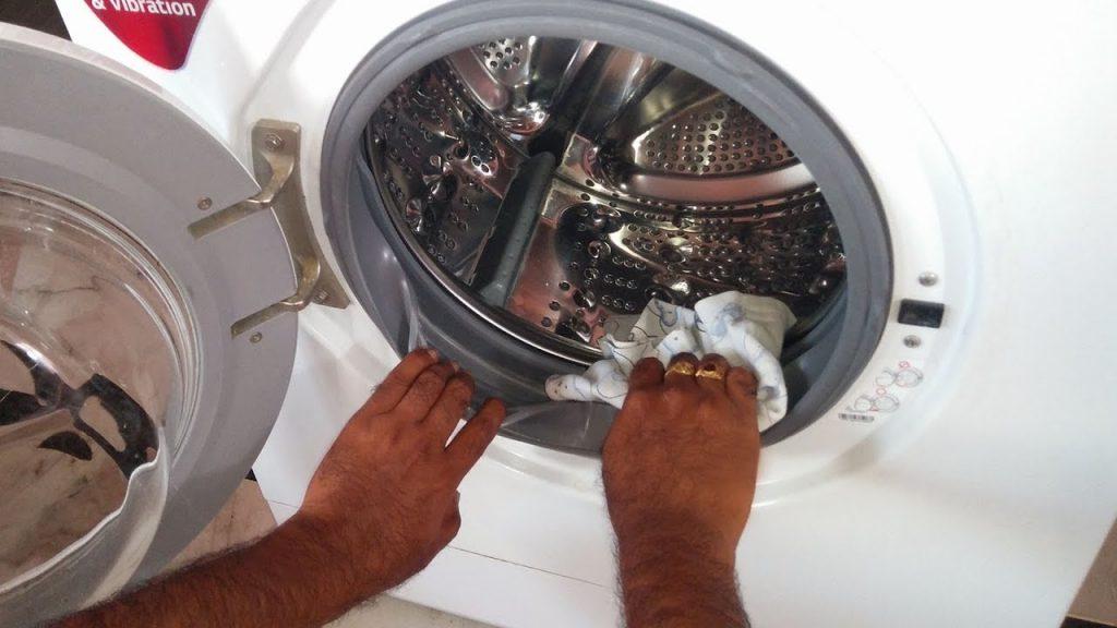 Cách vệ sinh máy giặt hiệu quả và đơn giản