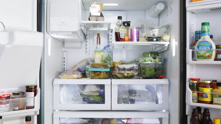 Cách vệ sinh tủ lạnh nhanh gọn